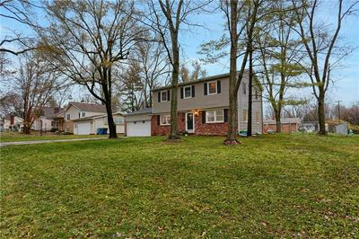 5601 KINGSLEY DR, Indianapolis, IN 46220 - Photo 2