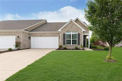 10962 CHAPEL WOODS BLVD S, Noblesville, IN 46060 - Photo 1