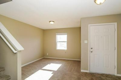 9040 WANDFLOWER DR, Indianapolis, IN 46231 - Photo 2