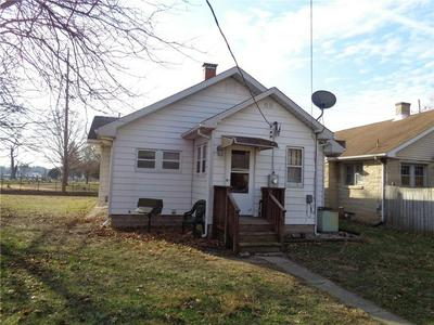 212 8TH AVE, Terre Haute, IN 47804 - Photo 2