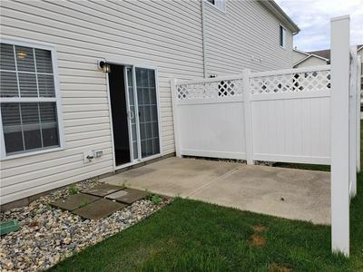 9768 ROLLING PLAIN DR # 1103, Fishers, IN 46060 - Photo 2