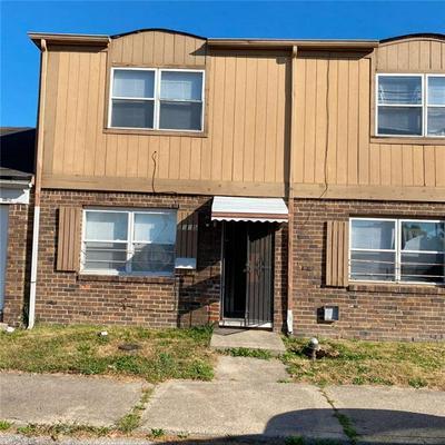 4045 ESSEX CT, Indianapolis, IN 46235 - Photo 1
