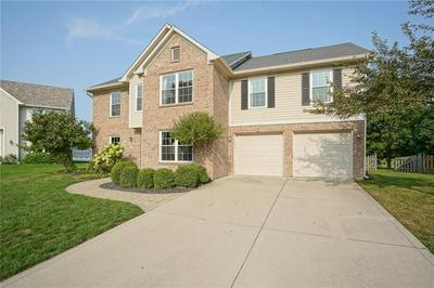 9640 BRADFORD KNOLL DR, Fishers, IN 46037 - Photo 2