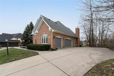 11561 WOODS BAY LN, Indianapolis, IN 46236 - Photo 2