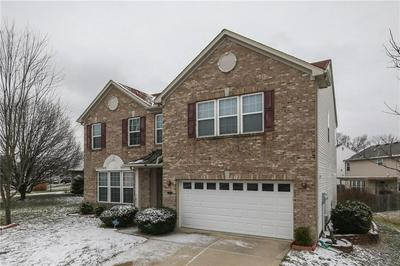 3915 TOWHEES DR, Indianapolis, IN 46237 - Photo 2
