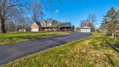 6432 E SPRING LAKE RD, Mooresville, IN 46158 - Photo 2