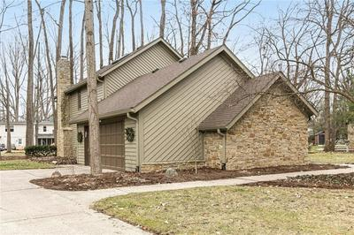 9017 SEABREEZE CT, Indianapolis, IN 46256 - Photo 2