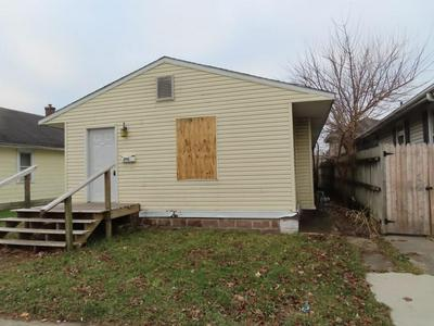 2613 MAIN ST, Anderson, IN 46016 - Photo 2