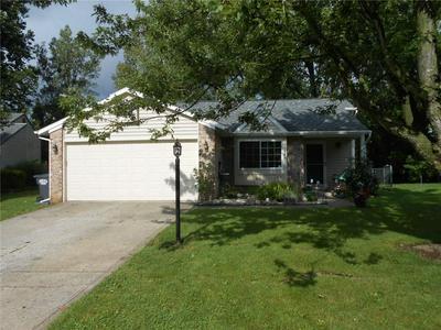 942 TIMBER CREEK LN, Greenwood, IN 46142 - Photo 1