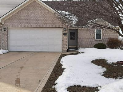 108 COUNTRY CT, Danville, IN 46122 - Photo 2