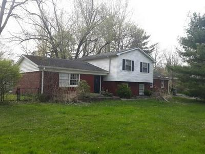 8204 RED BUD EAST LN, Indianapolis, IN 46256 - Photo 1