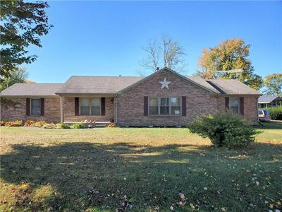 316 SW SANTEE DR, Greensburg, IN 47240 - Photo 2
