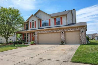 7441 GIROUD DR, Indianapolis, IN 46259 - Photo 2