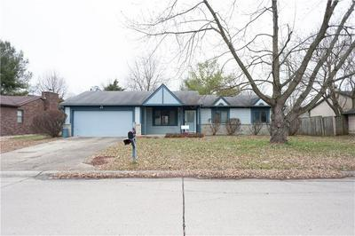 1645 COUNTRYSIDE DR, Indianapolis, IN 46231 - Photo 2