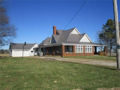 998 E 400 N, Crawfordsville, IN 47933 - Photo 2