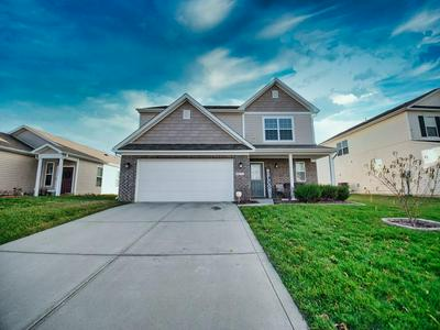 5773 WEEPING WILLOW PL, Whitestown, IN 46075 - Photo 1