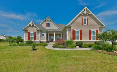 13935 AMBER MEADOW DR E, Fishers, IN 46038 - Photo 1