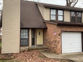 386 WHITE OAK LN, Terre Haute, IN 47804 - Photo 1