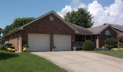 1707 NORTHBROOK CT, Seymour, IN 47274 - Photo 2