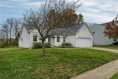 5956 KEENSBURG DR, Indianapolis, IN 46228 - Photo 2