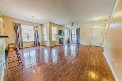 2264 CENTRAL AVE, Indianapolis, IN 46205 - Photo 2