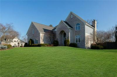 8989 BAY BREEZE LN, Indianapolis, IN 46236 - Photo 2