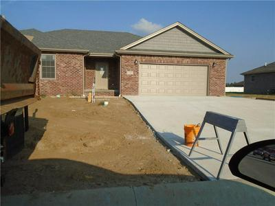 1747 BELL FORD DR W, Seymour, IN 47274 - Photo 2