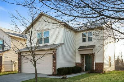 4103 APPLE CREEK DR, Indianapolis, IN 46235 - Photo 2