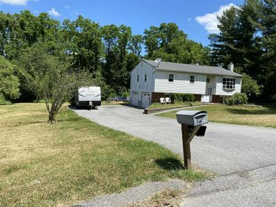125 JUDITH DR, East Fishkill, NY 12582 - Photo 2