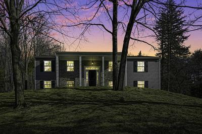 4 BOOTH CT, V. Millbrook, NY 12545 - Photo 2