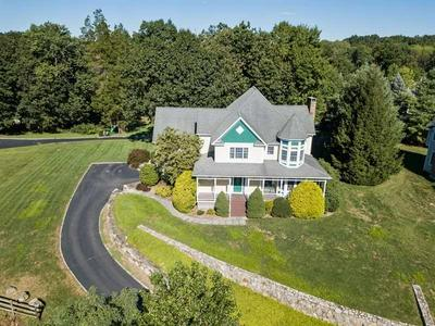 2 KATONAH CROSSING CT, Bedford, NY 10536 - Photo 2