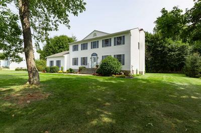 71 SADDLE RIDGE DR, East Fishkill, NY 12533 - Photo 2