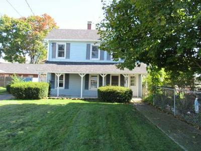28 S BRETT ST, Beacon, NY 12508 - Photo 2