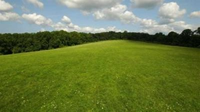 37 S QUAKER HILL RD, Pawling, NY 12564 - Photo 1