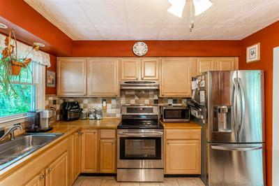49 BUHLEIR RD, Pawling, NY 12564 - Photo 2