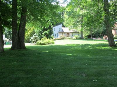 307 JUDITH DR, East Fishkill, NY 12582 - Photo 2