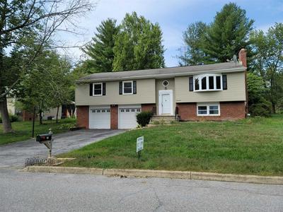 34 CARRIAGE HILL LN, Poughkeepsie Twp, NY 12603 - Photo 1