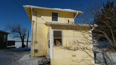 712 N FRONT ST, Oquawka, IL 61469 - Photo 1