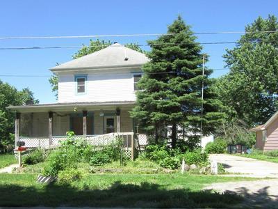 404 S 6TH ST, Fairfield, IA 52556 - Photo 1