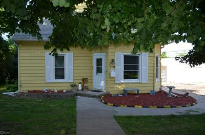 1406 S 2ND ST, Oskaloosa, IA 52577 - Photo 2