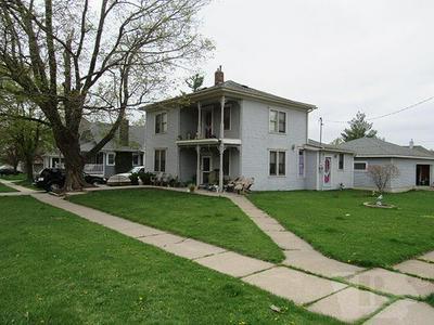 302 S MADISON ST, Bloomfield, IA 52537 - Photo 1