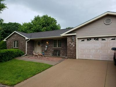 403 6TH AVE E, Oskaloosa, IA 52577 - Photo 1