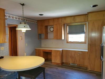 305 GREEN ST, TRAER, IA 50675 - Photo 2