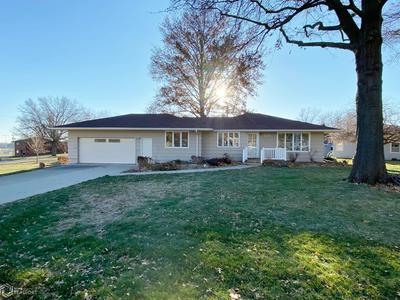 120 CIRCLE DR, AUDUBON, IA 50025 - Photo 2