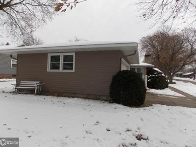 300 MANTZ AVE, AUDUBON, IA 50025 - Photo 2