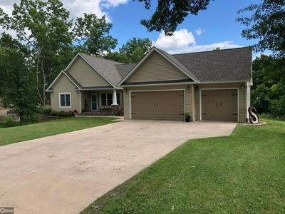 21 COUNTRY CLUB DR, Bloomfield, IA 52537 - Photo 1