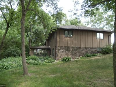 1007 10TH AVE SW, HUMBOLDT, IA 50548 - Photo 2