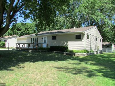 1003 8TH ST S, HUMBOLDT, IA 50548 - Photo 2