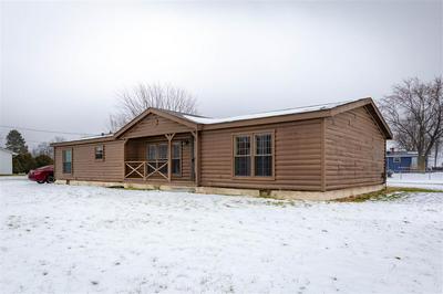 987 COMMONWEALTH ST, Saginaw, MI 48604 - Photo 1
