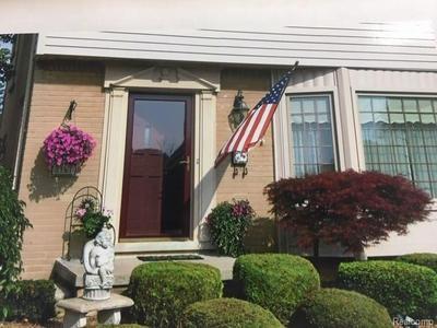 2161 WESTFIELD RD, Trenton, MI 48183 - Photo 2